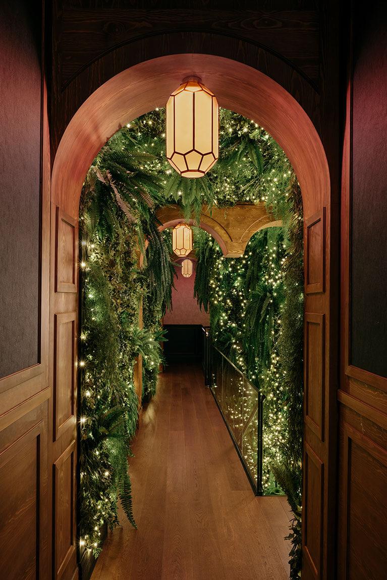 Bam Recoletos pasillo floral | Pablo Peyra Studio