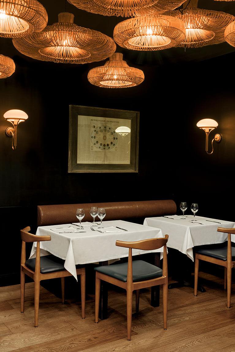 Restaurante Les 15 Nits Iluminación | Pablo Peyra Studio